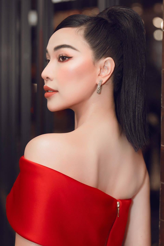 Vẻ đẹp gợi cảm của người mẫu Quỳnh Thư-2