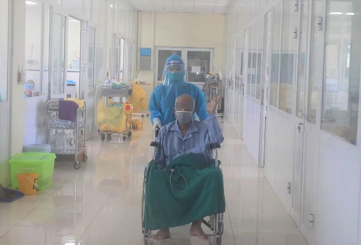 Ca Covid-19 nguy kịch, bệnh nền nặng hồi phục ngoạn mục-1