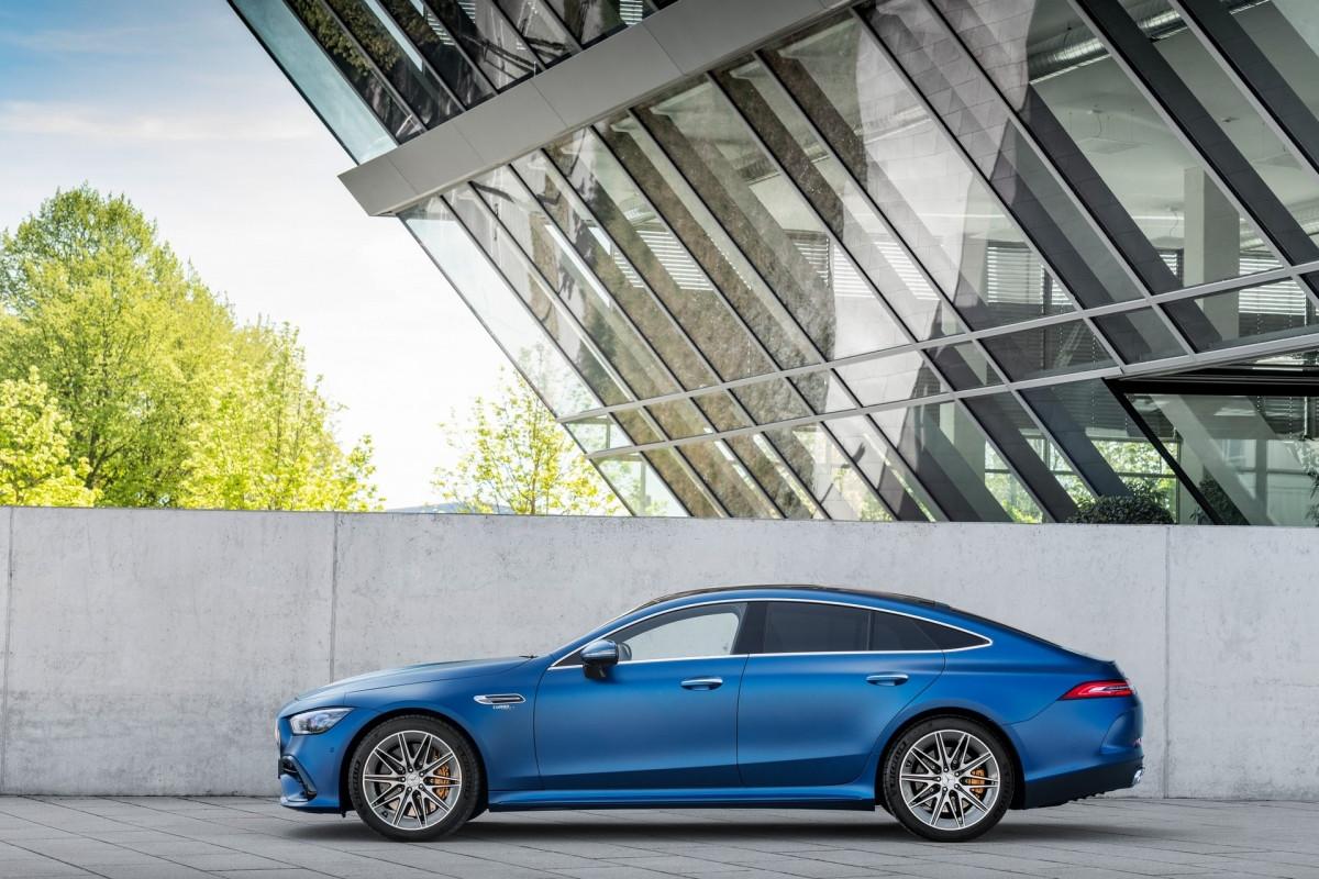 Khám phá nội - ngoại thất Mercedes-AMG GT 4 cửa 2022-3
