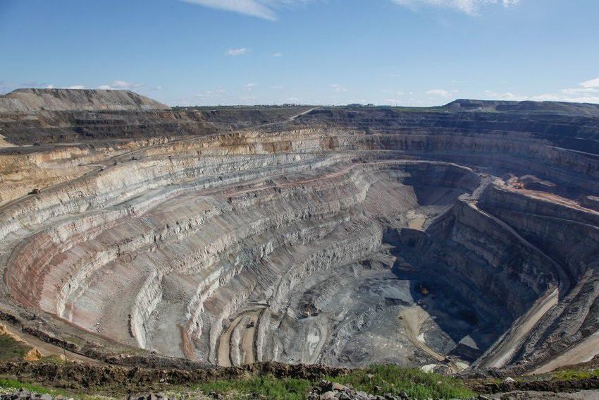 Hố va chạm thiên thạch ở Nga chứa hàng nghìn tỷ carat kim cương-3