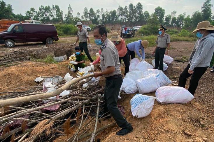 Quảng Bình chất củi đốt hơn 330 kg ma túy-1