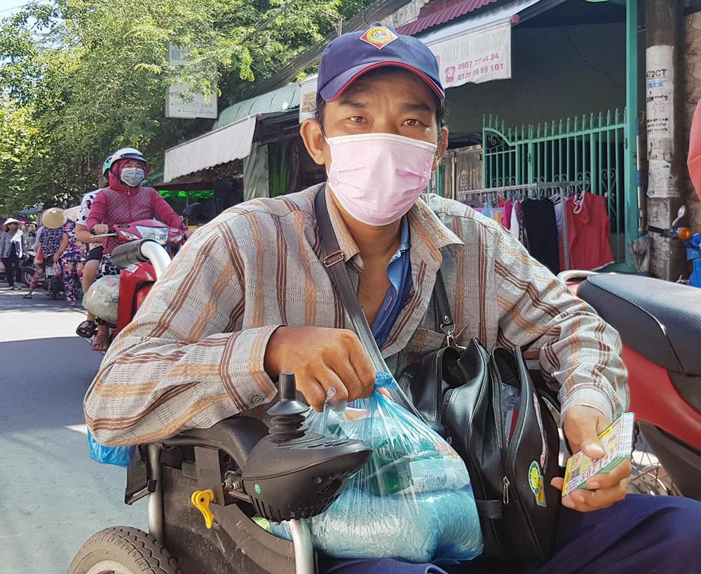 Phiên chợ đặc biệt ở Cần Thơ, người nghèo đến chợ mà lòng rưng rưng-6
