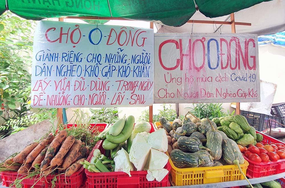 Phiên chợ đặc biệt ở Cần Thơ, người nghèo đến chợ mà lòng rưng rưng-1