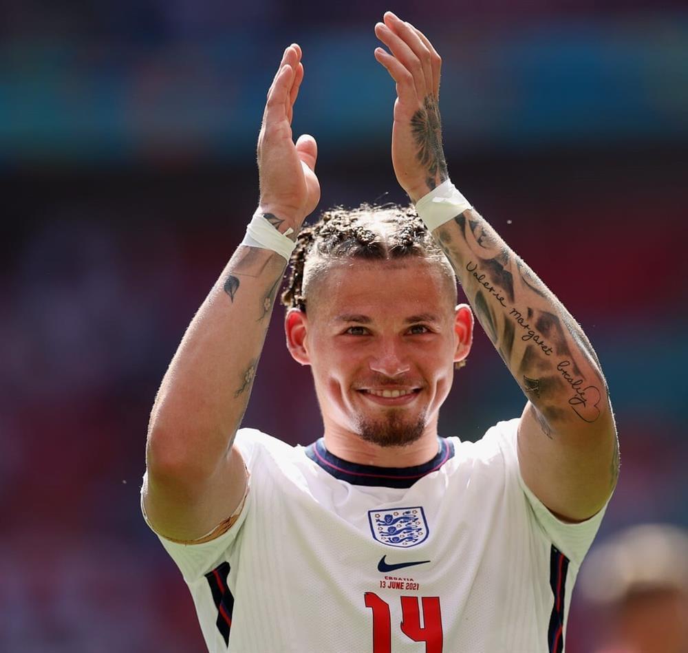 Kalvin Phillips, chàng trai kỳ lạ của bóng đá Anh-1