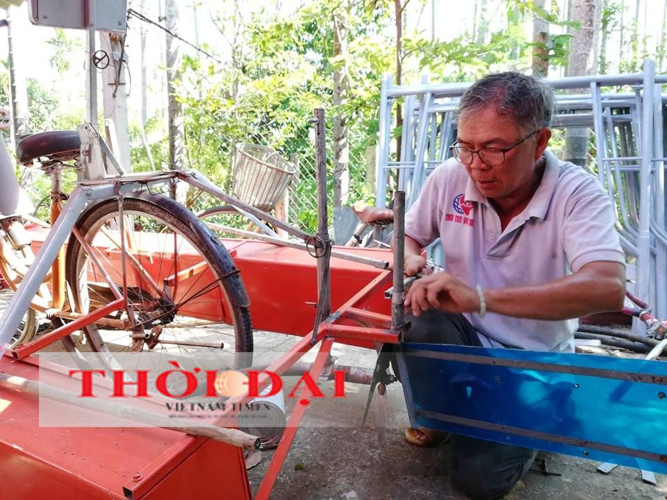 Lão nông phố cổ với niềm đam mê chế tạo máy phục vụ bà con