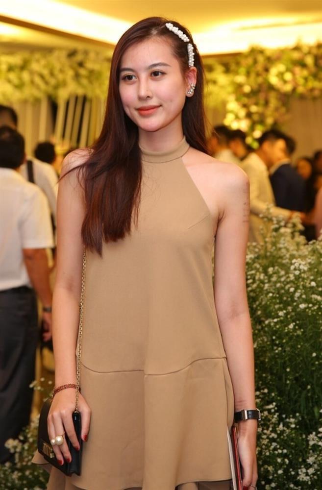 Sao Việt bất chấp dress code, một mình một cõi lên thảm đỏ, nhiều ca không thể thương nổi-3