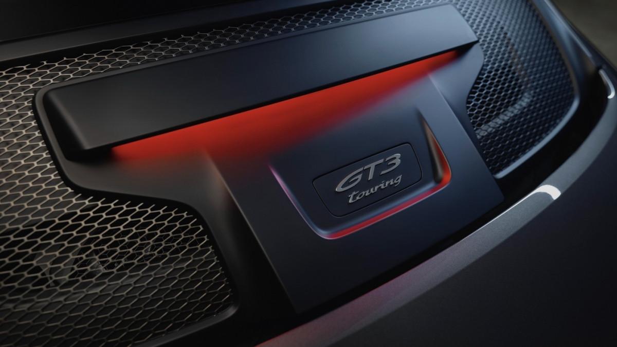 Cận cảnh Porsche 911 GT3 Touring 2022-8