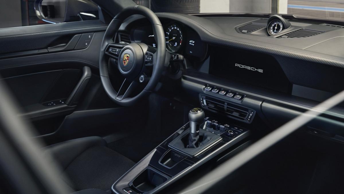 Cận cảnh Porsche 911 GT3 Touring 2022-6