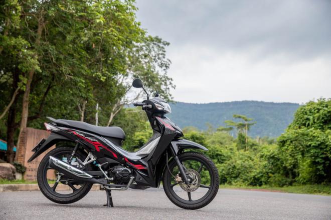 Mẫu xe máy Thái đi 100km hết 1,3 lít xăng, giá 27 triệu đồng, chặt đẹp Honda Wave Alpha-4