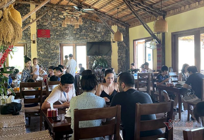 Trốn khỏi nội đô: Ngày nóng bức, nghỉ dưỡng ven Hà Nội 'cháy phòng'-2