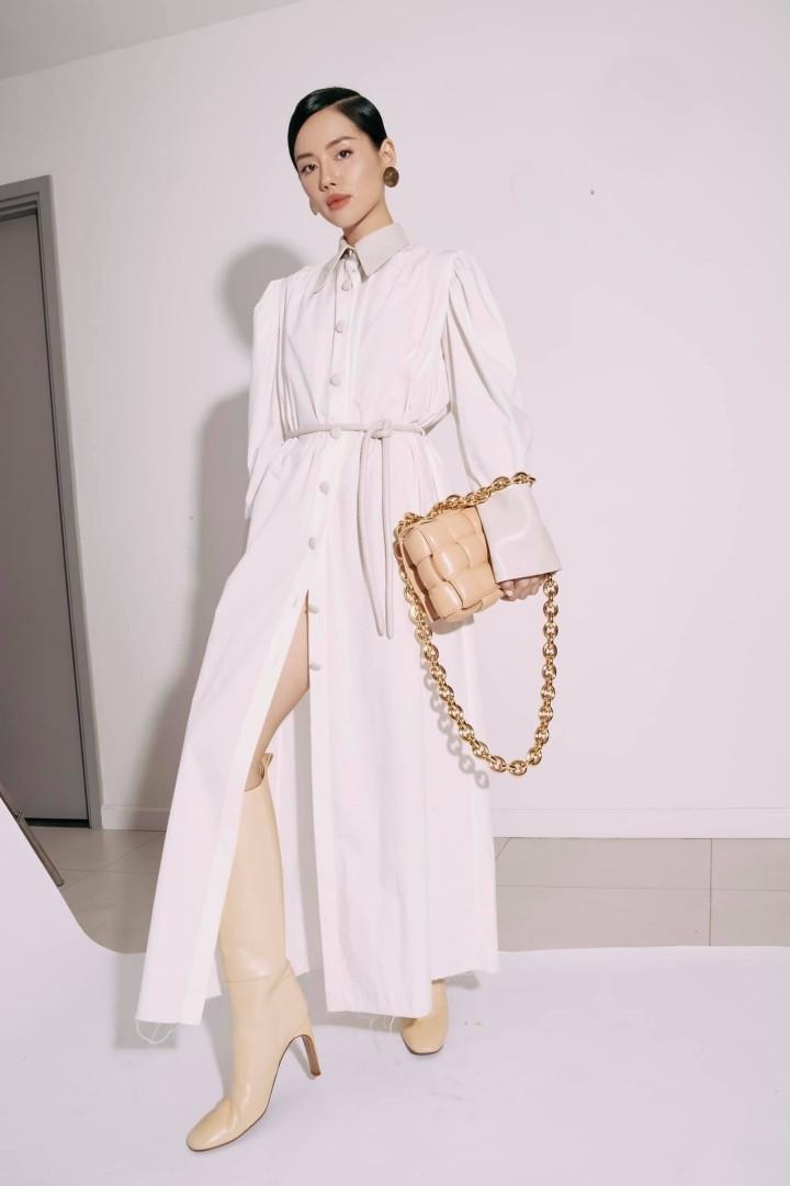 Angela Phương Trinh quyến rũ trong thiết kế đầm dài xẻ tà-7