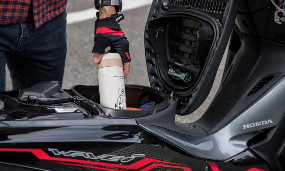 Mẫu xe máy Thái đi 100km hết 1,3 lít xăng, giá 27 triệu đồng, chặt đẹp Honda Wave Alpha-12