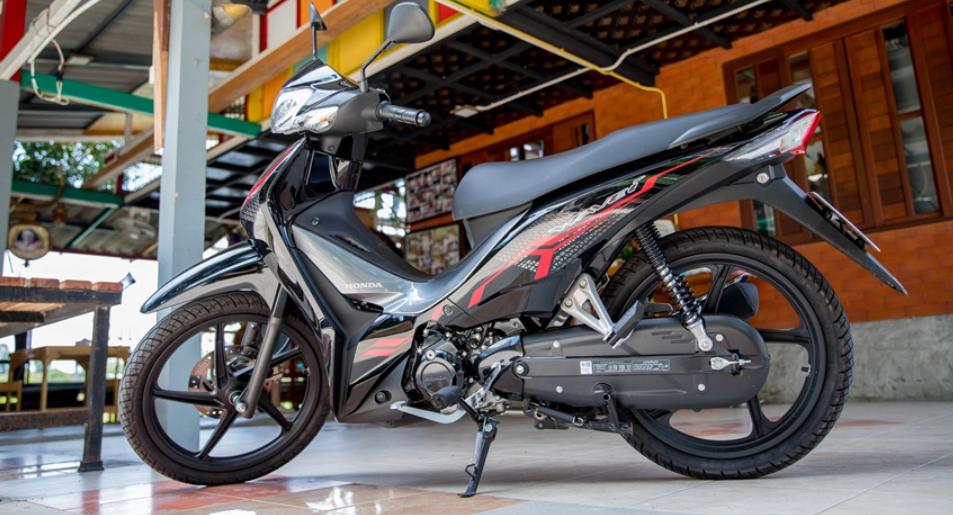 Mẫu xe máy Thái đi 100km hết 1,3 lít xăng, giá 27 triệu đồng, chặt đẹp Honda Wave Alpha-11
