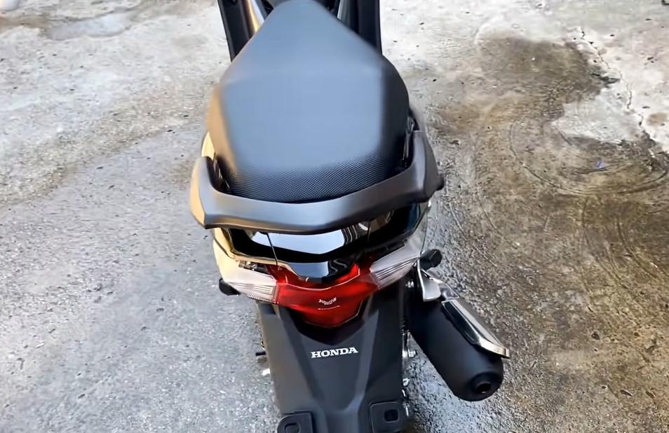 Mẫu xe máy Thái đi 100km hết 1,3 lít xăng, giá 27 triệu đồng, chặt đẹp Honda Wave Alpha-7