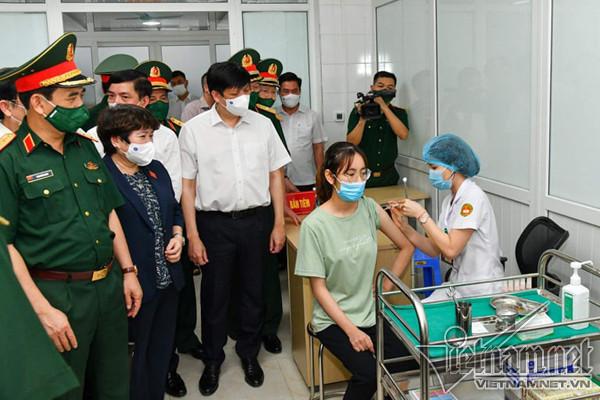Nanocovax của Việt Nam kỳ vọng tốt ngang vắc xin ngoại, công suất 100 triệu liều/năm-1