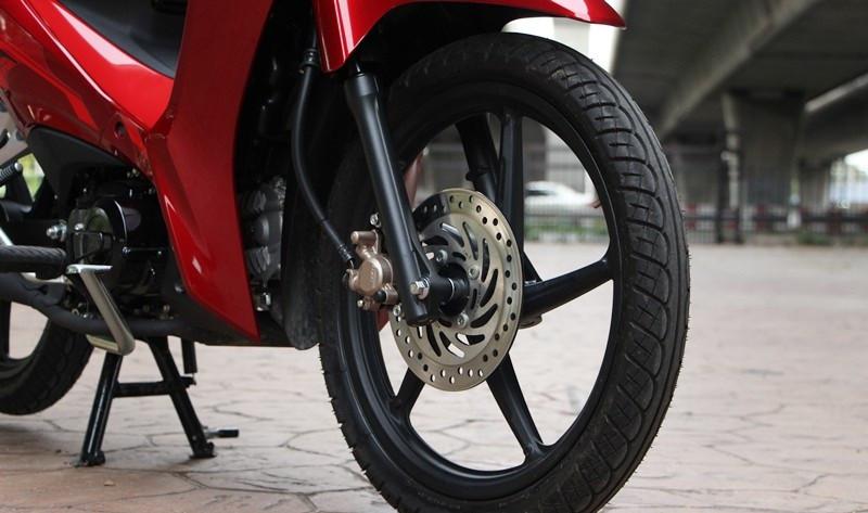 Mẫu xe máy Thái đi 100km hết 1,3 lít xăng, giá 27 triệu đồng, chặt đẹp Honda Wave Alpha-9