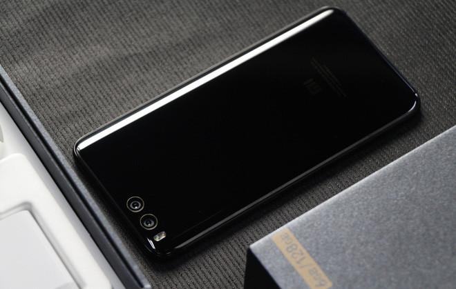 Sếp Xiaomi tự hào khoe thành tích Mi 6 dù đã ra mắt hơn 4 năm nhưng hiện vẫn có hơn 2 triệu người dùng - Ảnh 2.