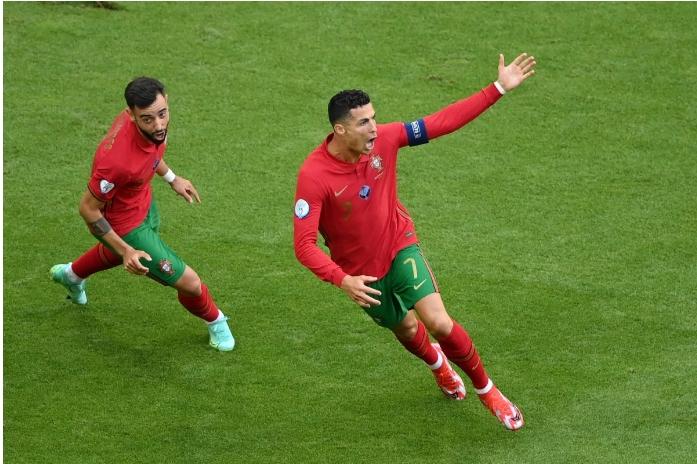 EURO 2020: Chìm trong cái bóng Ronaldo, Bruno Fernandes sa sút khó tin-4