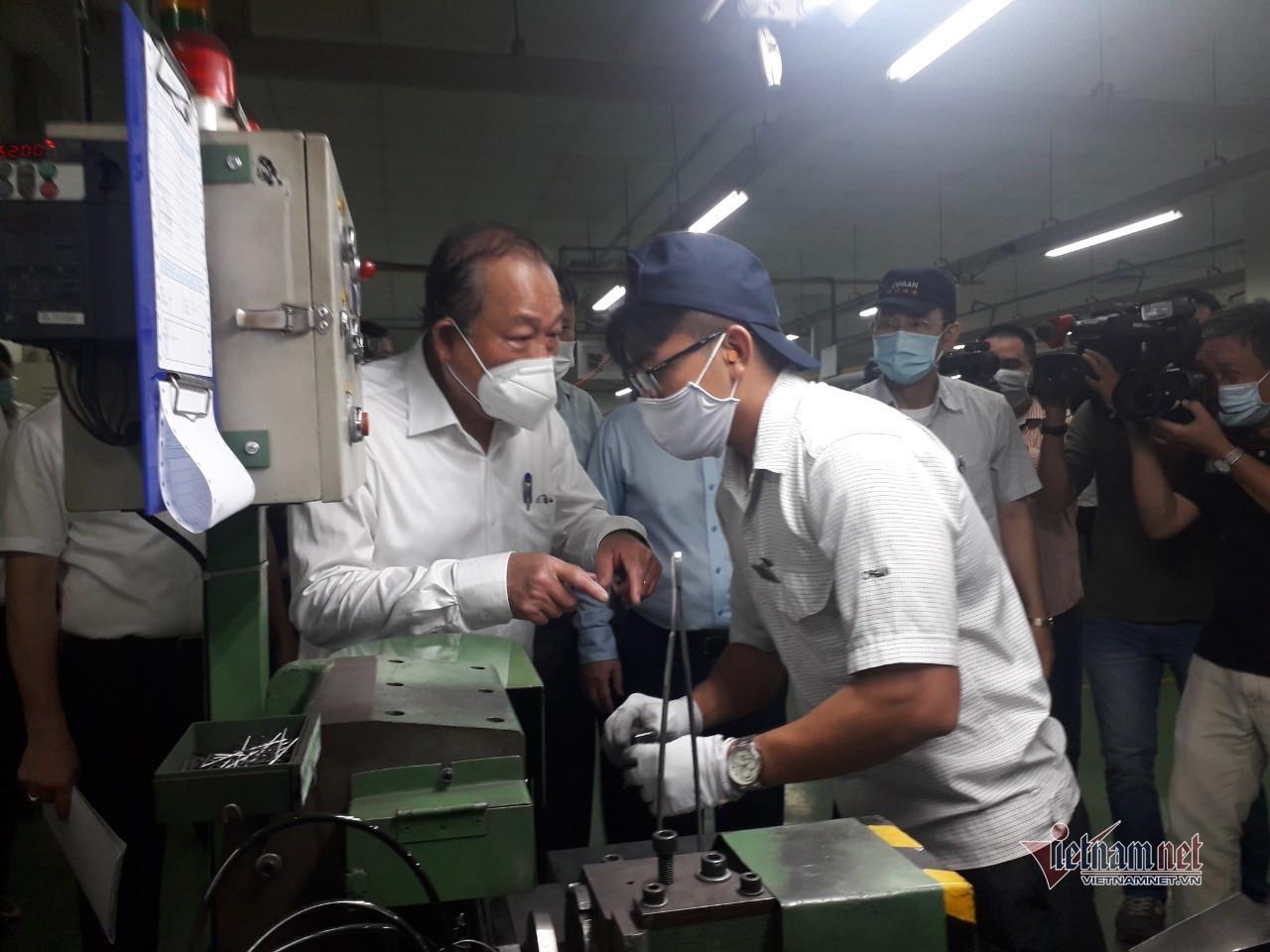 Dịch Covid-19 phức tạp, TP.HCM chọn doanh nghiệp vừa cách ly vừa sản xuất-1