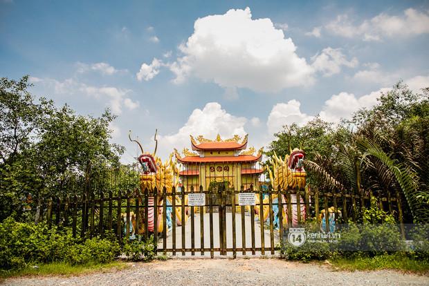 Toàn cảnh Nhà thờ Tổ 100 tỷ của NS Hoài Linh: Trải dài 7000m2, nội thất hoành tráng sơn son thếp vàng, nuôi động vật quý hiếm-6