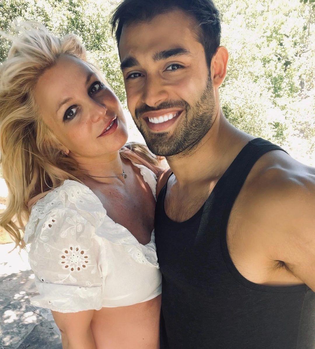 Britney Spears xuống sắc rõ rệt ở tuổi 40-14