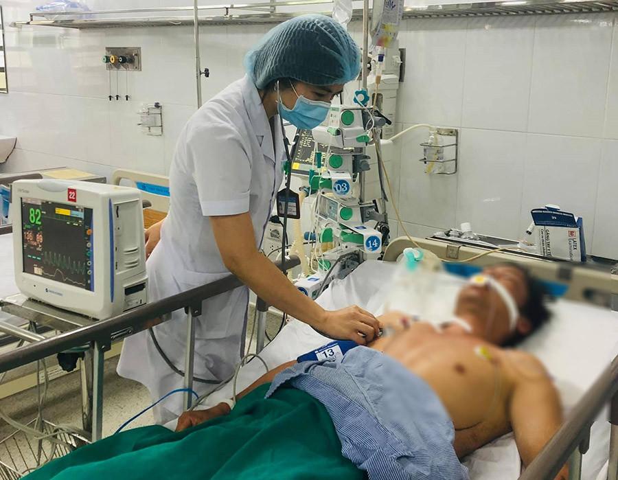 Nhiều người hôn mê do nắng nóng, bác sĩ chỉ cách thoát khỏi sốc nhiệt ai cũng nên áp dụng-2