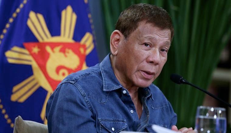 Tổng thống Philippines dọa bỏ tù người từ chối tiêm vắc xin-1