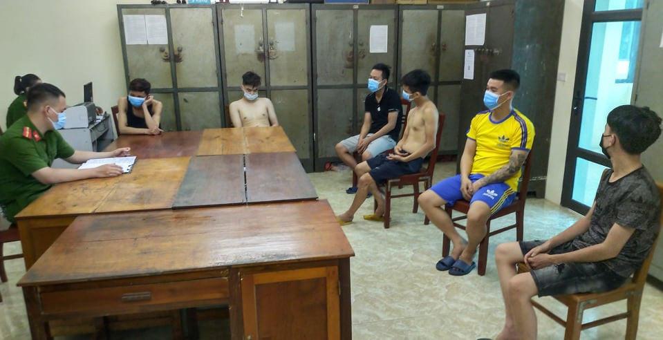 11 nam nữ bay lắc trong quán karaoke ở Yên Bái-1