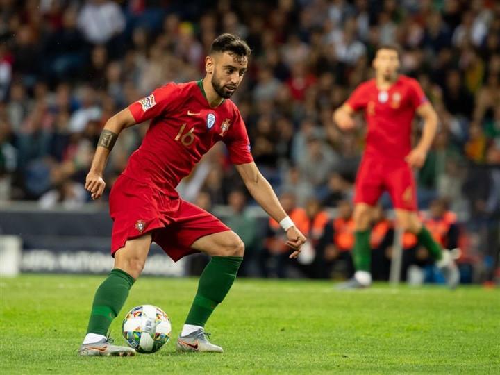 EURO 2020: Chìm trong cái bóng Ronaldo, Bruno Fernandes sa sút khó tin-3