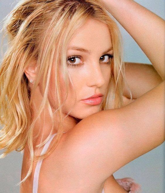 Britney Spears xuống sắc rõ rệt ở tuổi 40-1