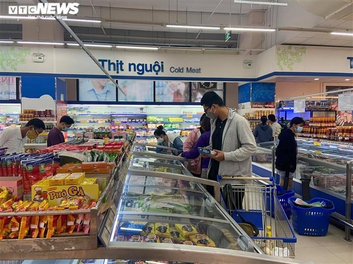 Ảnh: Hàng hóa chất đầy kệ, người Sài Gòn không cần lo thiếu thực phẩm - 6