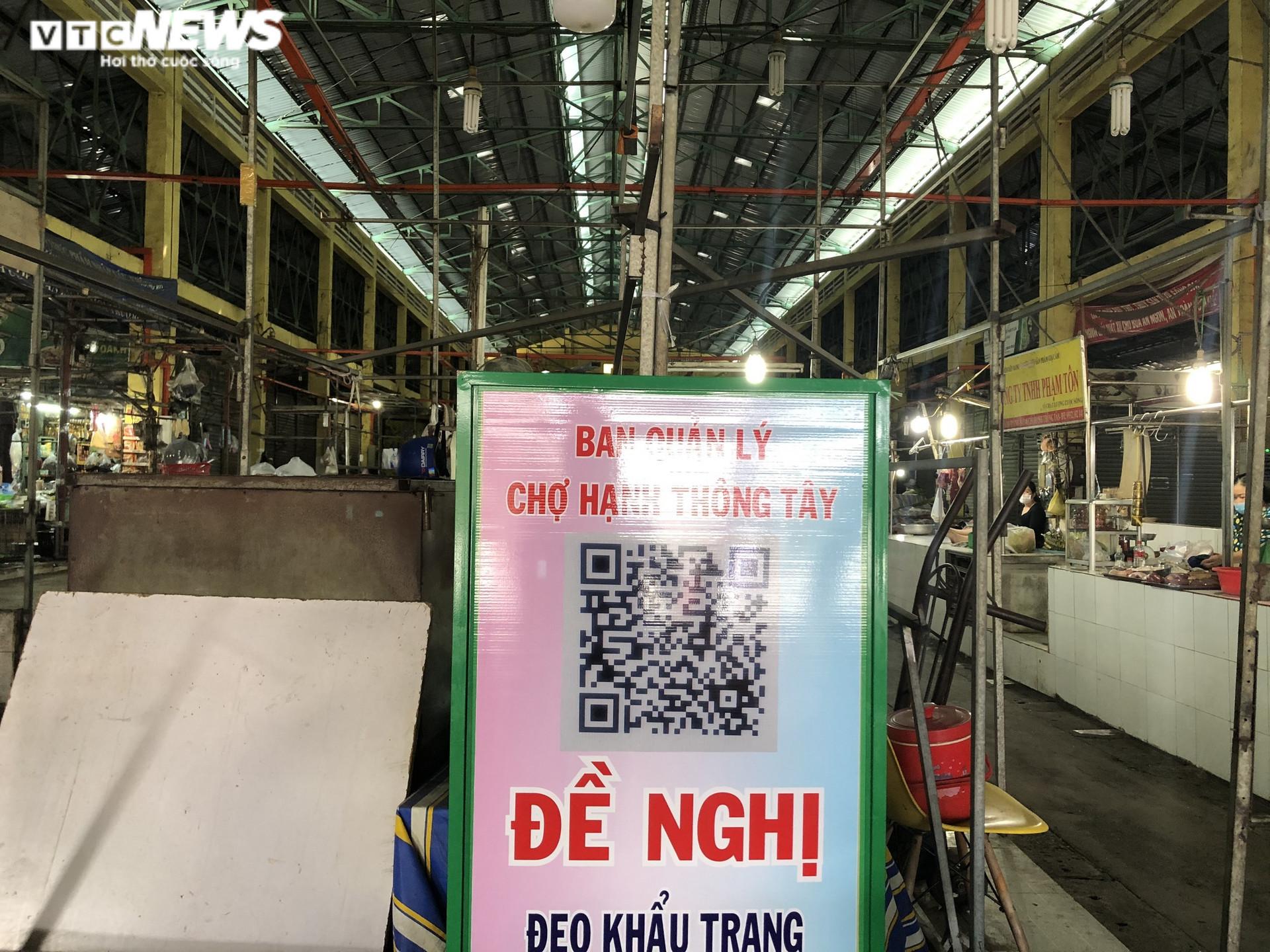 Ảnh: Hàng hóa chất đầy kệ, người Sài Gòn không cần lo thiếu thực phẩm - 3
