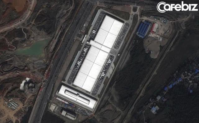 Trung Quốc từng dời cả 1 ngọn núi để Apple xây nhà máy sản xuất-3