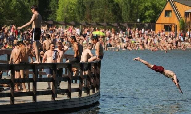 Nga: Thủ đô Matxcơva nóng kỷ lục, chưa từng có 120 năm qua-1