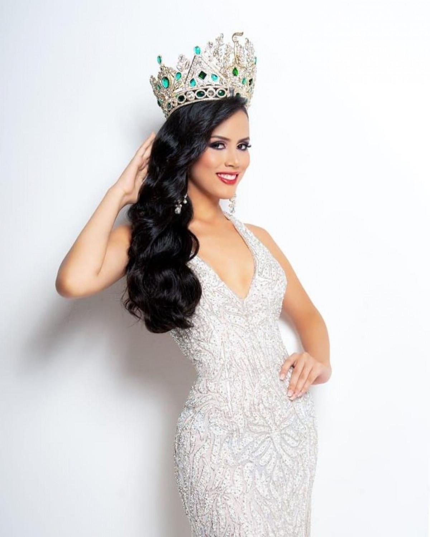 Nét đẹp Latin quyến rũ của nữ sinh báo chí được bổ nhiệm Hoa hậu Hoà bình Guatemala 2021-6