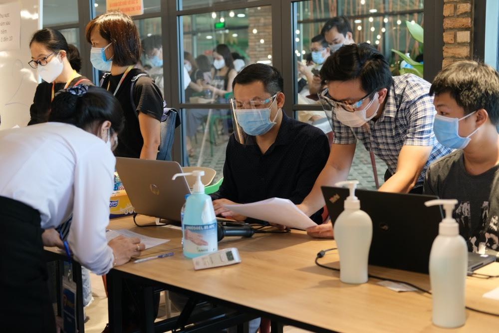 Thí điểm ứng dụng công nghệ hỗ trợ quản lý công tác tiêm chủng tại TP.HCM-2