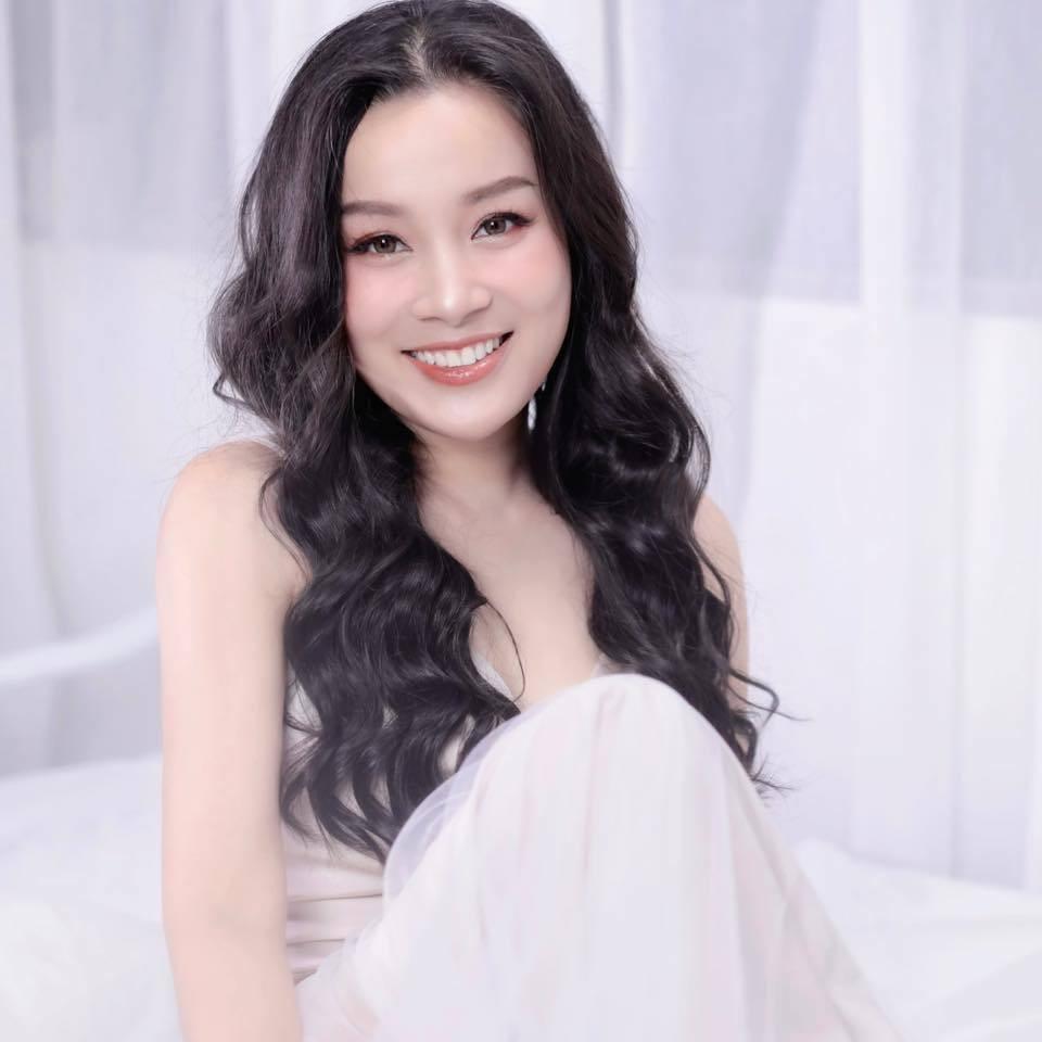 MC Minh Hương kể áp lực làm BTV kênh truyền hình công an-2