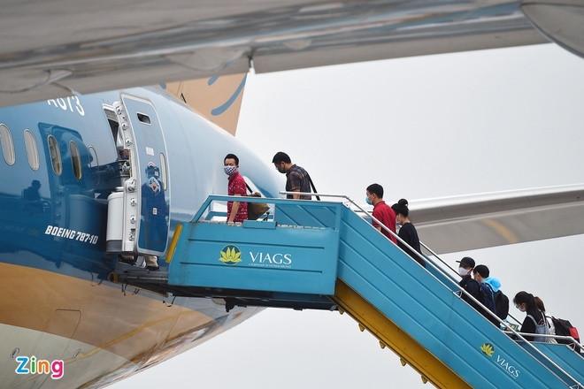 Tạm dừng khai thác đường bay TP.HCM - Đồng Hới-1