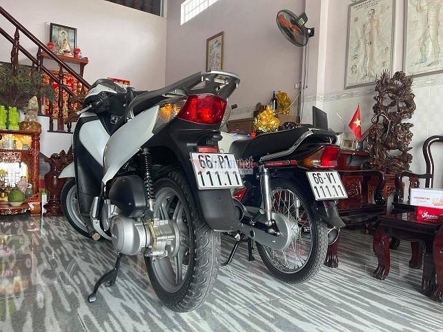 Thầy giáo Vĩnh Long chi 600 triệu mua Honda SH, Dream Thái biển đẹp-2