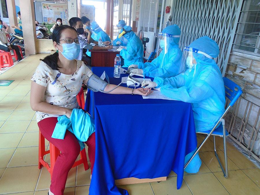 Một ngày có 285 ca mắc COVID-19, riêng TP.HCM có 162 bệnh nhân-1