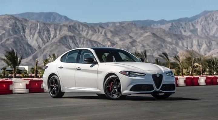 Những chiếc xe Italy đẹp nhất mọi thời đại-1
