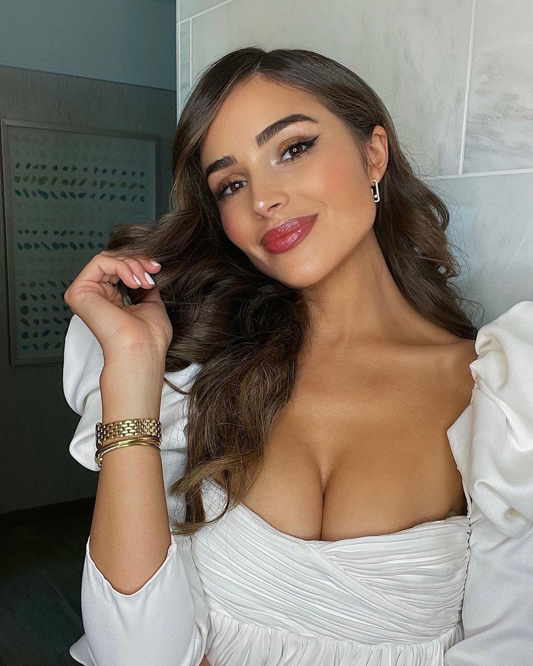 Vẻ nóng bỏng của Hoa hậu Hoàn vũ Olivia Culpo-17