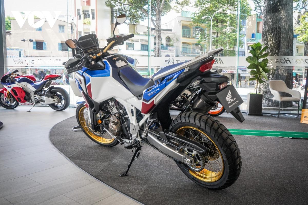 Cận cảnh Honda Africa Twin Adventure Sport giá gần 700 triệu đồng-7
