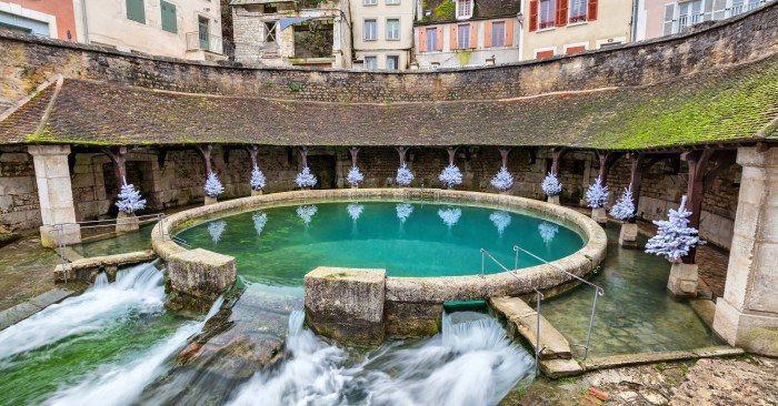 Suối ngầm bí ẩn chưa có lời giải ở Pháp-1