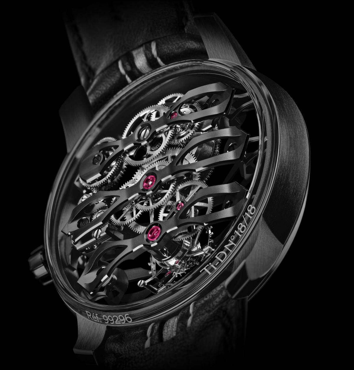 Aston Martin ra mắt mẫu đồng hồ giá hơn 3 tỷ đồng-3