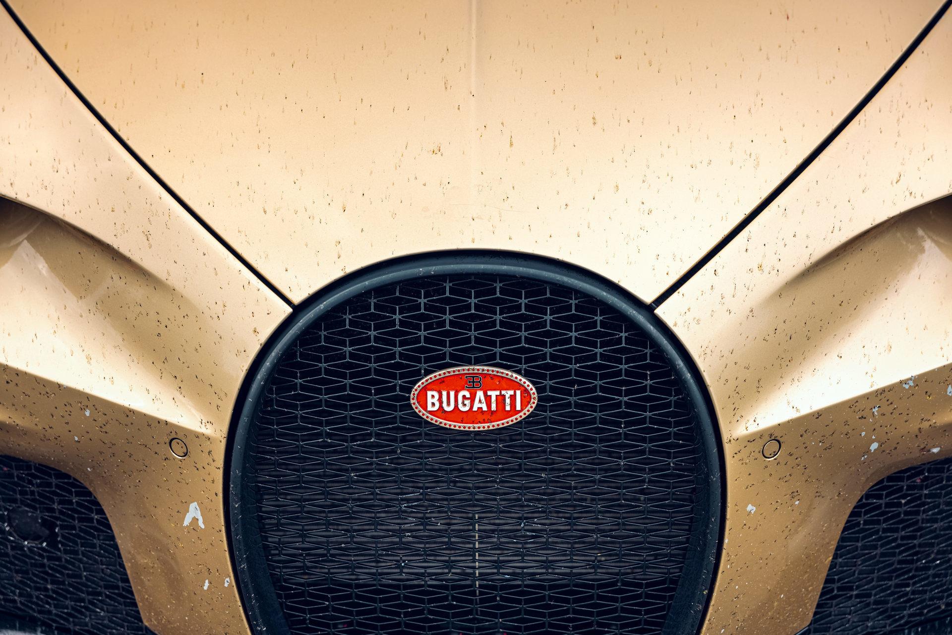 Hé lộ hình ảnh siêu xe Bugatti đang chạy thử với tốc độ 440 km/h-5