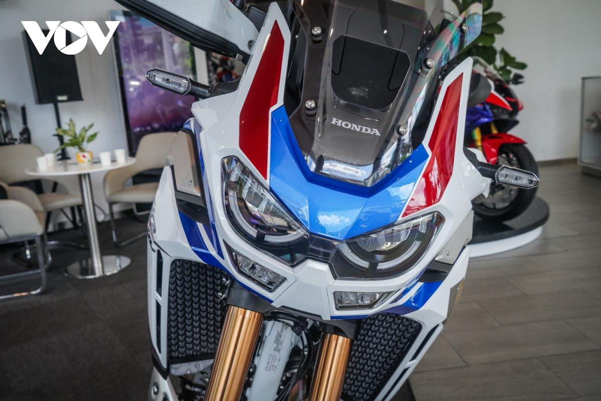 Cận cảnh Honda Africa Twin Adventure Sport giá gần 700 triệu đồng-8