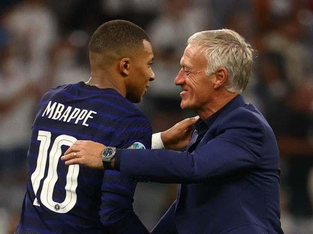 HLV Deschamps: Với tuyển Pháp, giờ là cuộc thi mới bắt đầu…-1