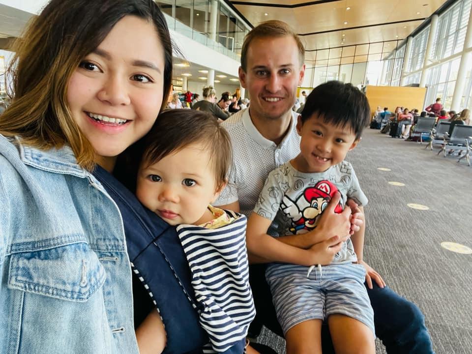 Từng ám ảnh một mình nuôi con, mẹ đơn thân Việt lấy ngay chồng Tây rồi sống đời hạnh phúc-3
