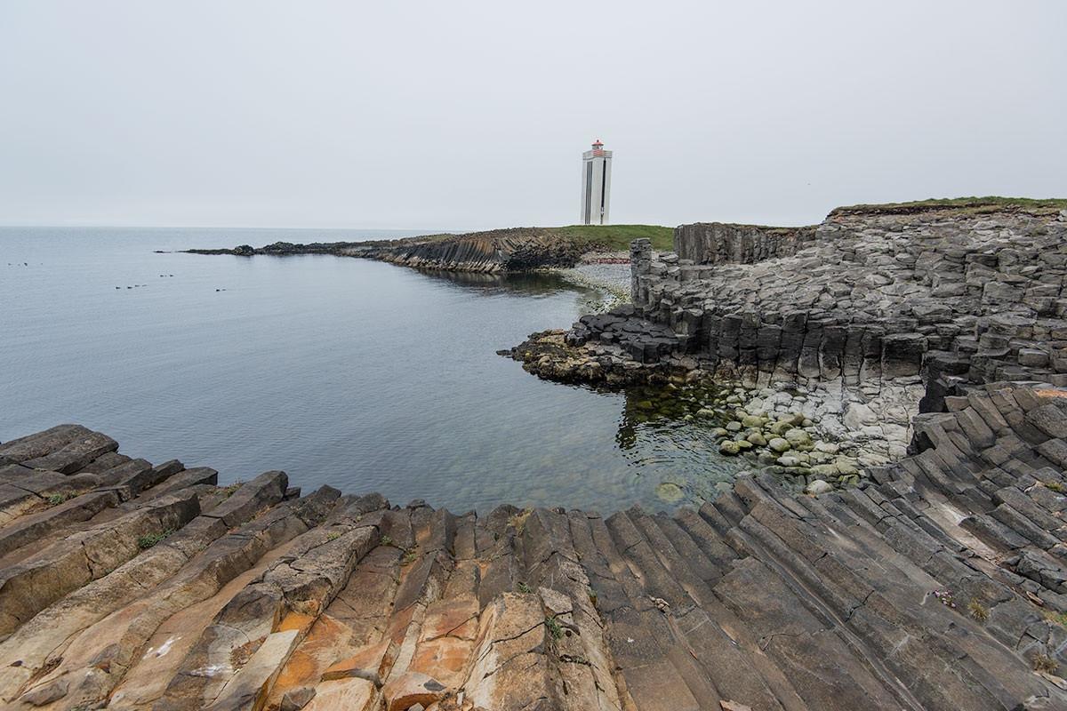 Những cột đá tự nhiên kỳ lạ ở đất nước của băng và lửa-4
